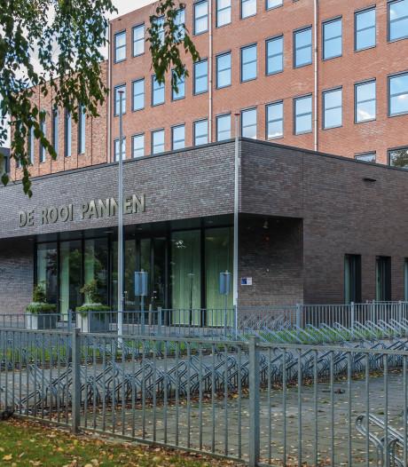 Adjunct De Rooi Pannen in Eindhoven al voor handtekeningenaffaire op schopstoel