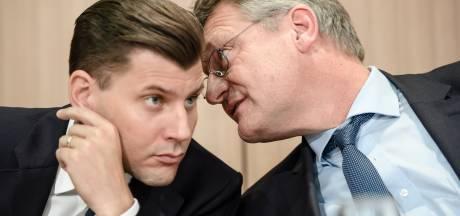 """L'extrême droite allemande licencie un cadre qui voulait """"gazer"""" ou """"abattre"""" les migrants"""