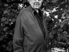 Moshé Zwarts (1937-2019) was een van de kleurrijkste architecten van Amsterdam