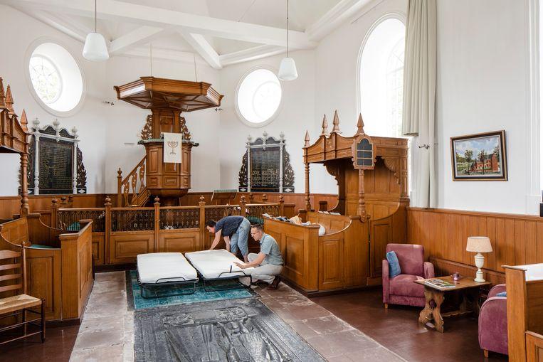 Een kerk in Schettens wordt heringericht. Beeld Lars van den Brink