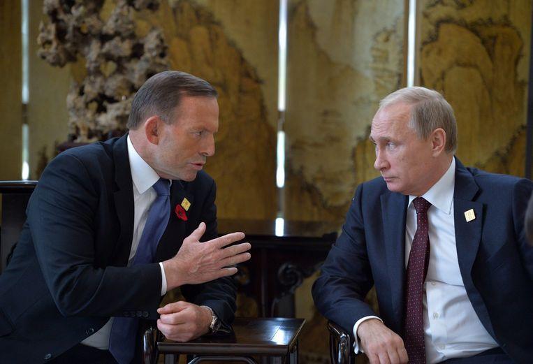 Abbott en Poetin spreken elkaar over de ramp met de MH17. Beeld epa