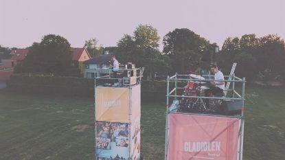 Toch een beetje Gladiolen: Equal Idiots speelt op festivalweide op torens van 6 meter hoog