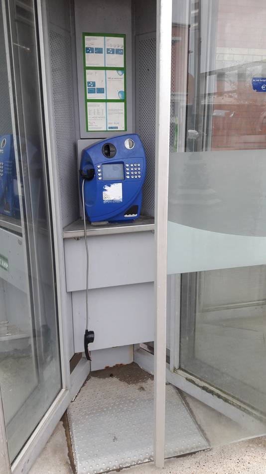 Telefooncellen op het Stationsplein in Den Bosch