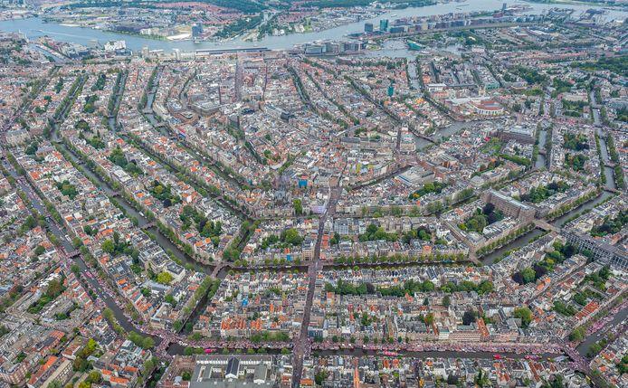 Het centrum van Amsterdam vanuit de lucht.