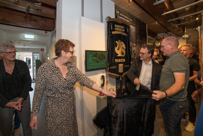 Het jubileum van Nijkerks Stedelijk Fanfare Corps was aanleiding tot de tentoonstelling in het Museum Nijkerk.