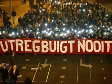 Teruglezen   Duizenden mensen lopen mee in stille tocht Utrecht