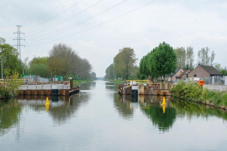 De werken aan de nieuwe ontsluitingsbrug in Tildonk worden weldra hervat.
