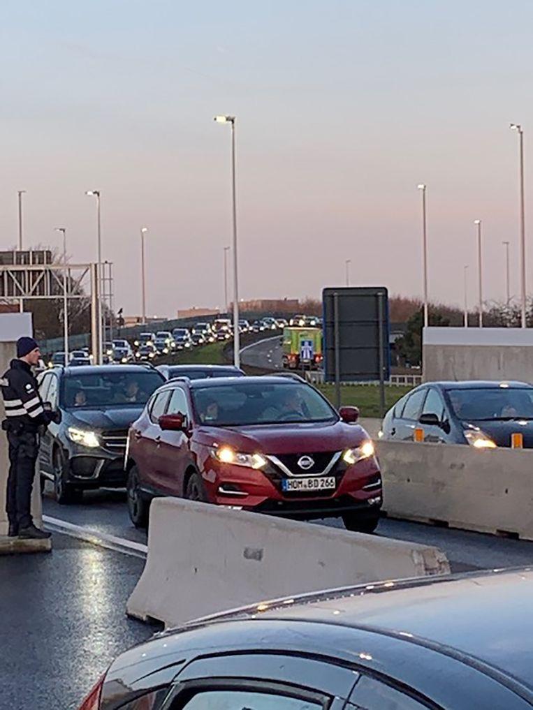 Ook op de toegangsweg naar de luchthaven werd actie gevoerd.