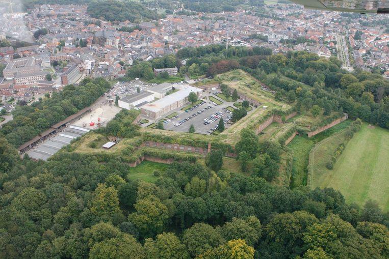 De Citadel werd in 2010 door de stad gekocht van Defensie.