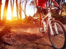 Gewonde mountainbiker moeilijk te vinden voor hulpdiensten in bossen bij Doornspijk