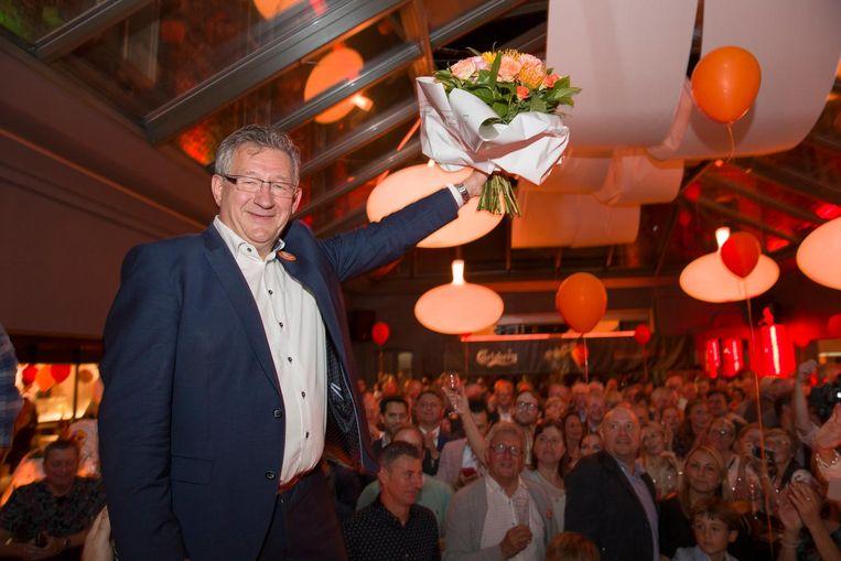 Dirk De fauw werd onthaald als een held in Oud Sint-Jan.