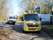 Fietsster lichtgewond na botsing met busje in Middelburg