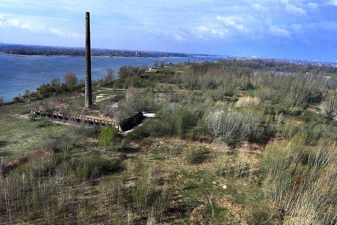 De voormalige steenfabriek op het Heuffterrein bij Vuren wordt een natuurgebied.