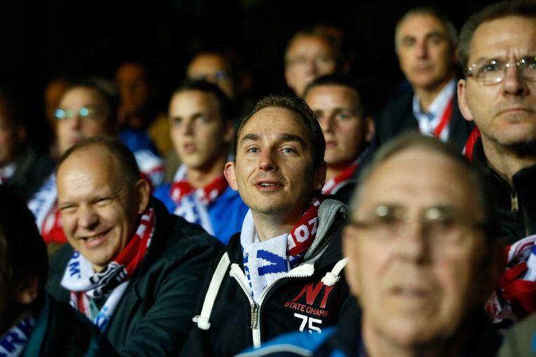 Supporters van Urk op de tribune bij de bekerwedstrijd tegen Ajax. Beeld anp