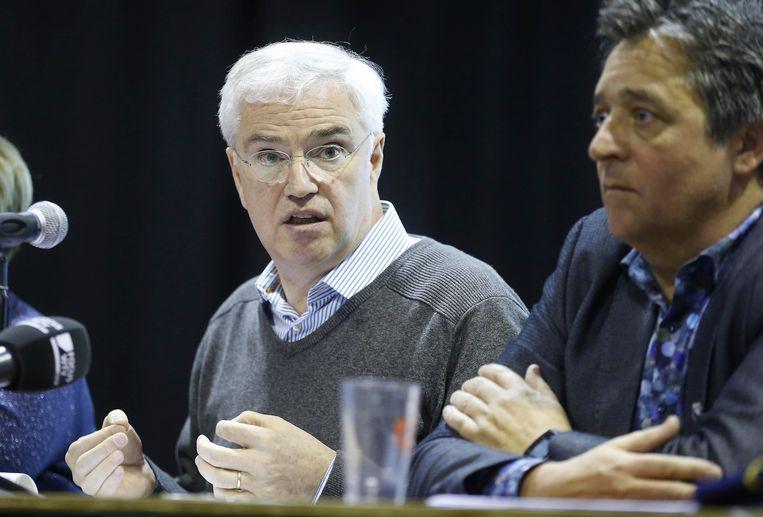 West-Vlaams gouverneur Carl Decaluwé en burgemeester van Gistel, Bart Halewyck.