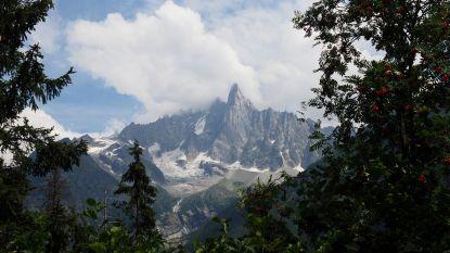 Wandelaar (68) dodelijk geraakt door vallende rotsen in Alpen
