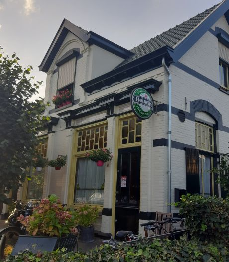 Burgemeester Van Eert van Rheden sluit Café De Sok in Velp na ontdekking van 'enkele veroordelingen' van uitbater