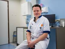 ZGT-arts Tim nodigt minister Hugo de Jonge persoonlijk uit bij '100 dagen man'