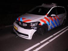 Nijkerkse (59) onder invloed probeert te vluchten en raakt politieauto in Nijkerk