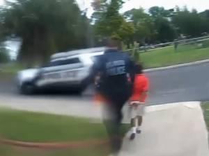 Les images de Kaia, 6 ans, menottée et arrêtée par la police