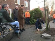 Koudekerk wil als eerste in Nederland helemaal rollator- en kinderwagenproof worden