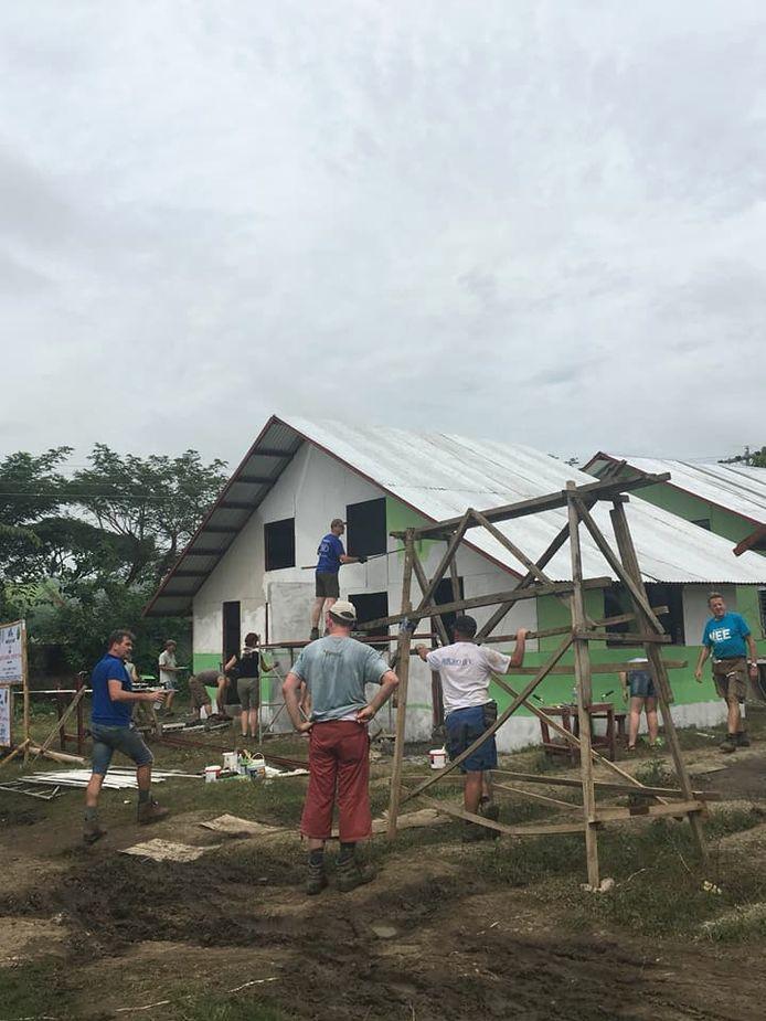 Foto van de bouwreis naar de Filipijnen van de Rotaryclub Zevenbergen van vorig jaar.