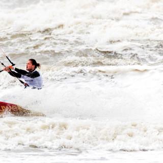 kitesurfen-wordt-eindelijk-olympisch-maar-niet-met-het-onderdeel-waarop-nederlanders-excelleren