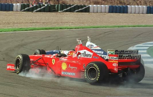 De controversiële botsing tussen Schumacher en Villeneuve tijdens de Grand Prix van Europa in Jerez.
