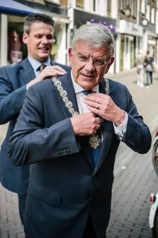 Utrechtse burgemeester Jan van Zanen wil nog eens zes jaar door