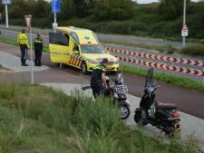 Scooterrijder gewond na botsing op Hollandbaan