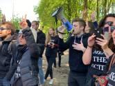 Ruim 200 activisten bezetten boerderij in Boxtel