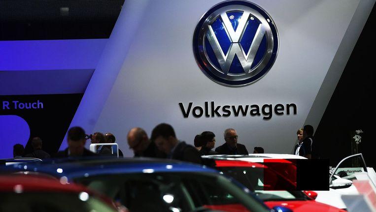 Na de onthulling van sjoemelfraude bij Volkswagen was de eerste politieke reflex om de macht van de autobedrijven sterk te verminderen Beeld anp