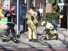 Boor raakt leiding in Vriezenveen: rijbaan dicht door gaslek