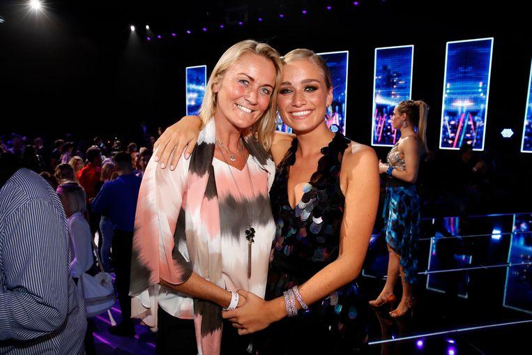 Eva Pauwels kwam vorig jaar supporteren voor dochter Julie in 'Dancing With The Stars'.