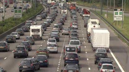 """""""We moeten minstens 25.000 auto's uit spits halen"""""""