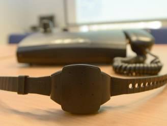 Opnieuw meer mensen onder elektronisch toezicht met enkelband geplaatst in Vlaanderen