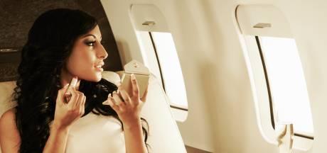 Verontwaardiging over influencers in nep privéjet: 'Gek dat alles fake kan zijn'