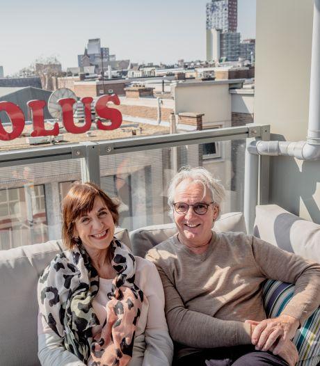 Jessica en Corné wonen midden in Nijmegen: 'Monumentale designletters in je voortuin, wat wil je nog meer'