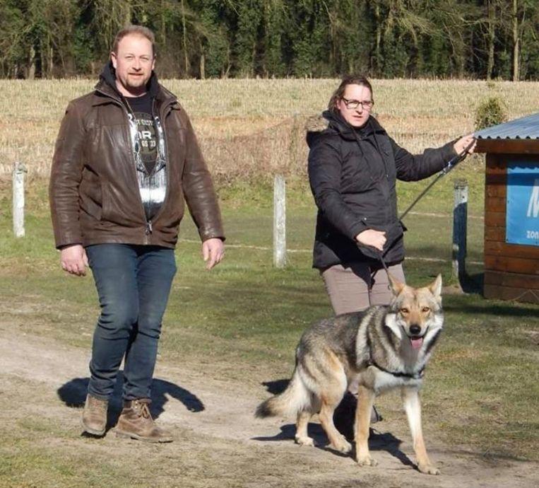 Hanne Boucquez en haar vriend, op stap met Hummer.