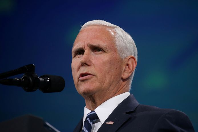 Vicepresident Mike Pence (60).