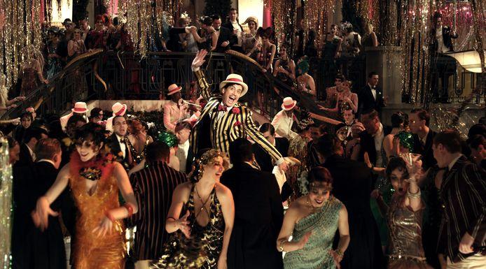 Een exuberante scène uit 'The Great Gatsby', een film die zich afspeelt in de jaren 1920.