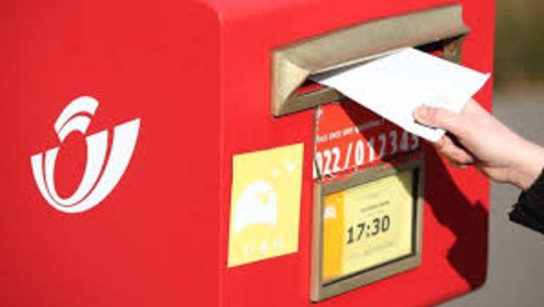 Negen rode brievenbussen verdwijnen tegen april uit het Vilvoordse straatbeeld.