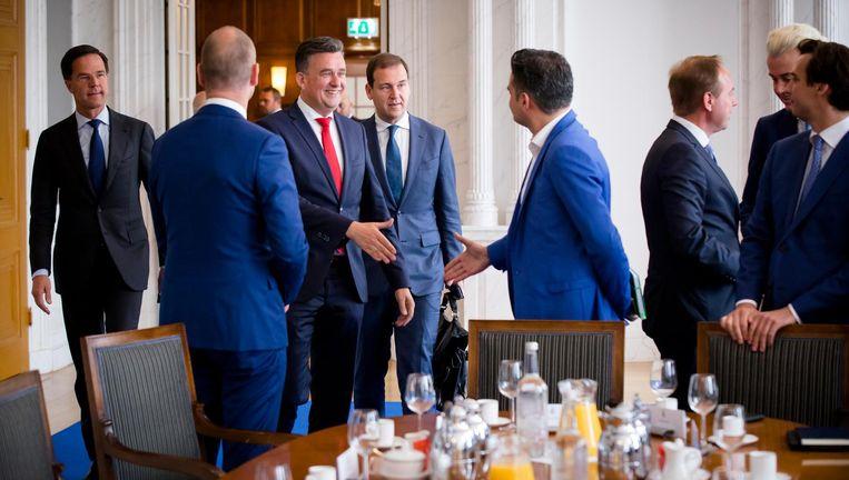 De fractievoorzitters bijeen. Beeld null