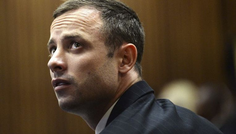 Oscar Pistorius tijdens de tweede dag van het proces. Beeld reuters