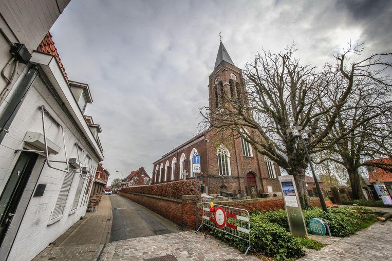 De Sint-Laurentiuskerk in Kooigem wordt binnen twee jaar mogelijk een fietskerk.