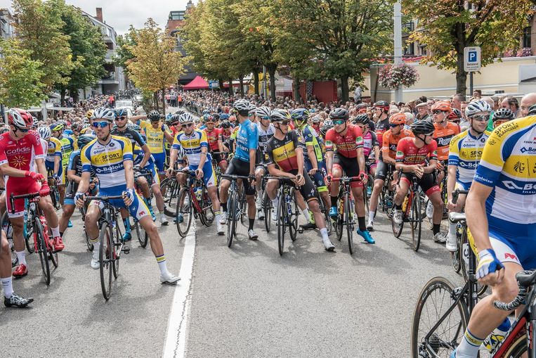 Yves Lampaert staat centraal aan de start.