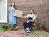 Fenneke en Guus roepen iedereen op om stekjes voor het huis te zetten