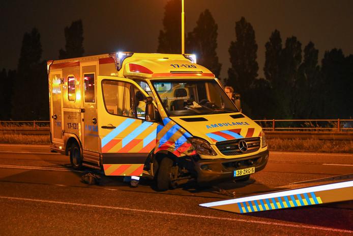 De ambulance kon niet meer verder rijden.