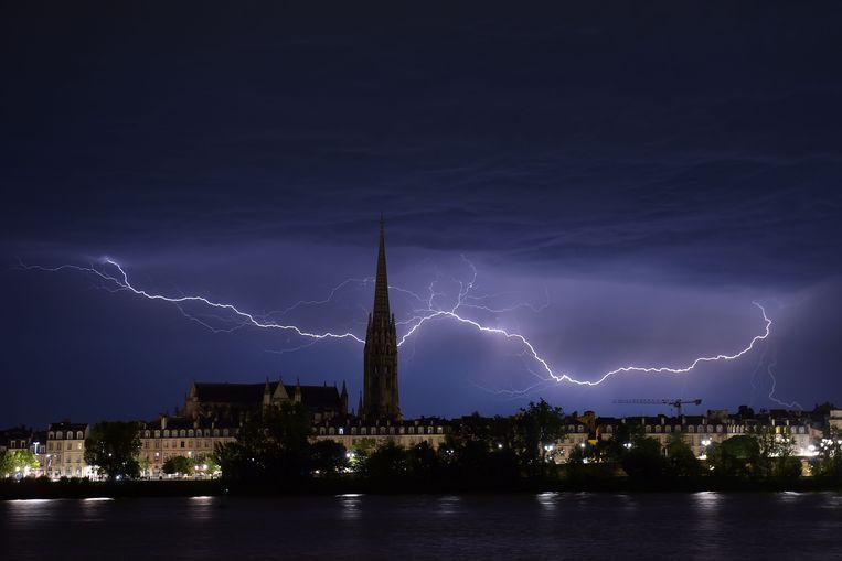 Onweer boven Bordeaux afgelopen weekend.