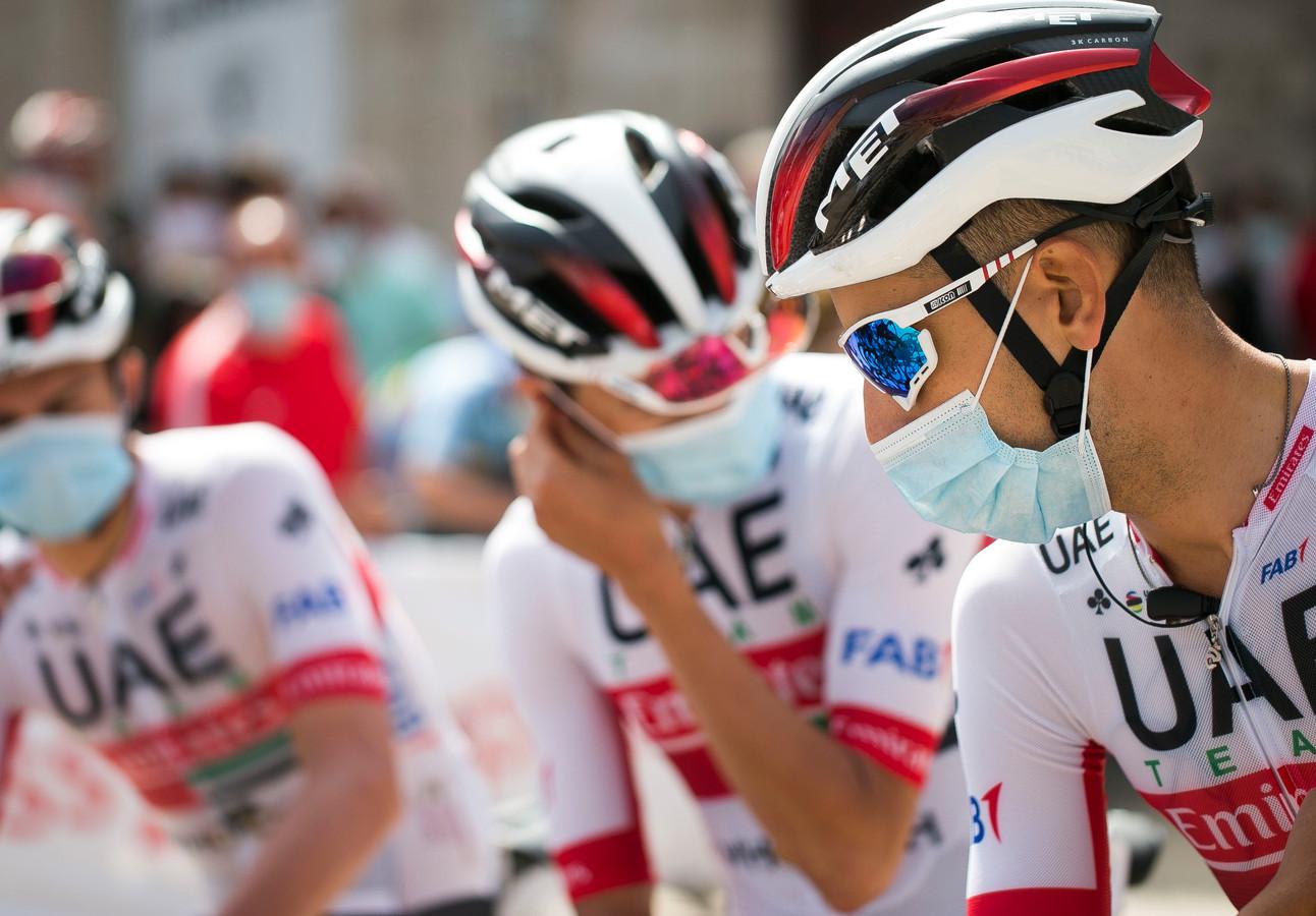 De ploeg van UAE Team Emirates in de Ronde van Burgos is opeens flink uitgedund.
